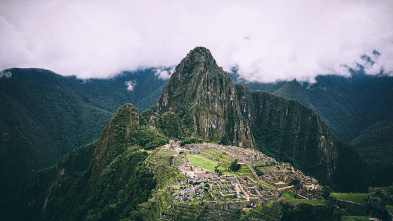 Lares trip - Sacred Valley and Machu Picchu Tour(2 Days)